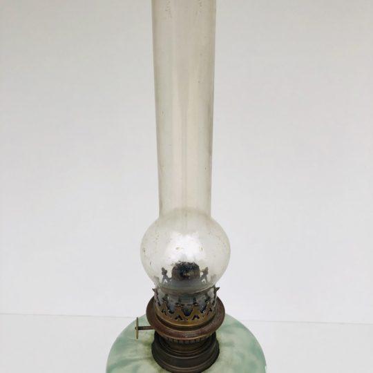 Антикварная керосиновая лампа в стиле Ар-Нуво